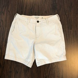 Abercrombie and Fitch shorts tan men's size 32